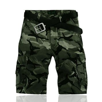 MOGU 2017 Shorts Men Camouflage Knee Length Mid Waist High Quality Mens Shorts Loose Shorts Cotton Big Size Military Overalls