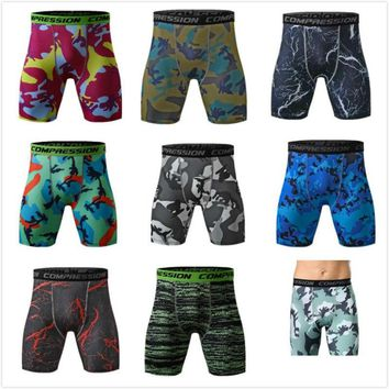 Men's Sports Tights Elastic Shorts Fast Drying Knickers Moisture Absorption Panties Camouflage Fitness Pants Polyester Breeches