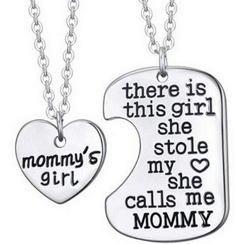 There is this girl she Stole my heart she calls me Daddy Mommy  Trendy Family Love Heart Necklace Pendant Tag Necklace NEW Gifts