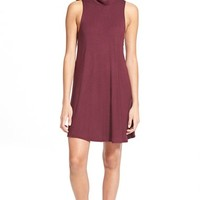Junior Women's Socialite Sleeveless Mock Neck Shift Dress,