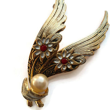 Black and Gold Brooch, Damascene Jewelry , Spanish Toledo Pin , Faux Pearl 1960s Mid Century Costume Jewelry