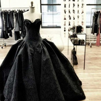 2015 New Gothic Azaming Black Wedding Dresses Sweetheart Sleeveless High Quality Lace Ball Gowns Formal Dress GL