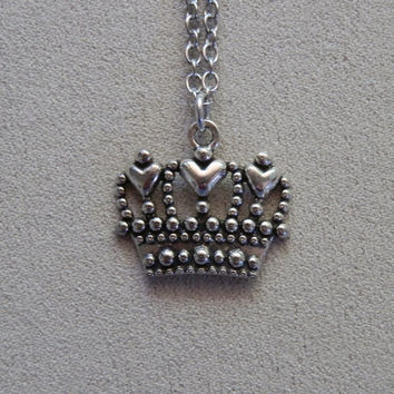 Necklace, Alice in Wonderland inspired, Queen of Hearts Crown Charm Pendant