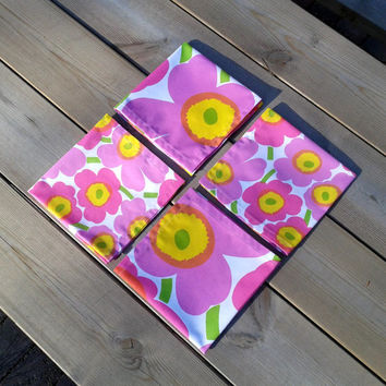 Marimekko cloth napkin set, modern table decor, pink cotton fabric picnic napkins, floral, Unikko, eco friendly