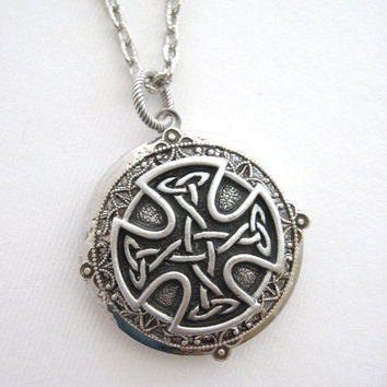 Cross,LOCKET,Silver Locket,Cross Necklace,Celtic Knot Cross,Cross Jewelry, Antique Locket,Irish Cross,Easter, Celtic Knot Jewelry, z