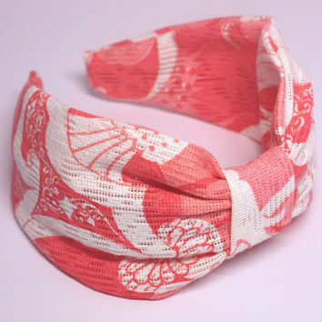 Headband. Vintage fabric headband. Knotted headband. Turban style headband. Turband. Retro print headband. Pink fabric headband.