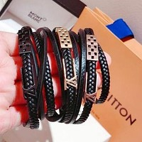LV Louis Vuitton Popular Women Men Simple Three Laps Leather High End Stainless Steel Bracelet Hand Catenary I-KMG-NPSL