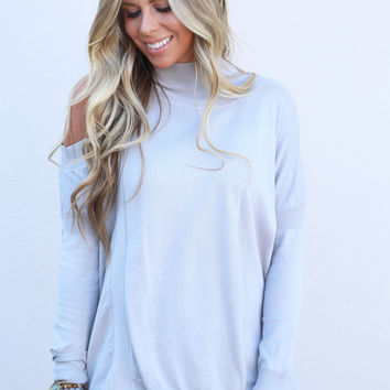 Give 'Em The Cold Shoulder Knit {Silver}