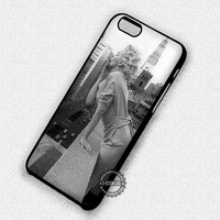 Smoking Marilyn Monroe - iPhone 7 6 Plus 5c 5s SE Cases & Covers