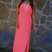 Heartbeat Maxi Dress: Neon Coral | Hope's