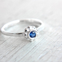 Blue Sapphire Ring Sapphire Engagement Ring Ceylon Sapphire Ring September Birthstone Ring Size 5,5 Sterling Silver Sapphire Stacking Ring