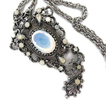 Vintage Opal Moonstone Pendant Necklace | Victorian Style Dangling Pendant | Glass Stone Chain Link Necklace