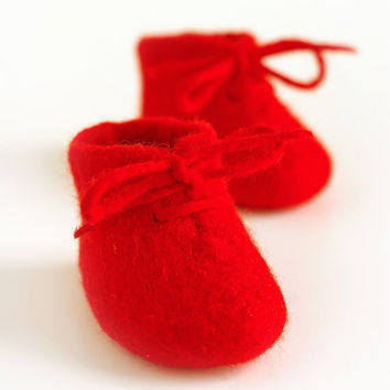 felted baby booties / RED  / made to order