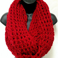 The Gentleman's Crochet Infinity Scarf: Red