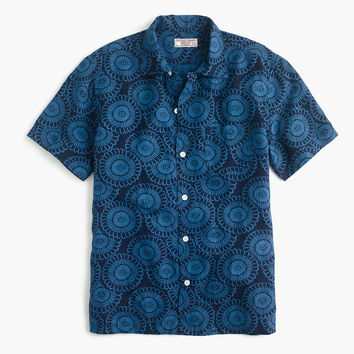 Wallace & Barnes short-sleeve camp-collar shirt in silk-linen
