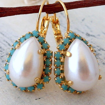 Pearl and turquoise crystal drop earrings, white pearl halo teardrop earring, Bridal earrings, Bridesmaids gifts, Dangle earrings, gold