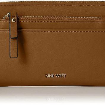 ONETOW Nine West Table Treasures Zip Around With Pouch Wallet