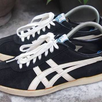 VTG Asics Tiger Black Suede Size 8us 26.5cm 41.5 euro Made in Japan Mexico 66