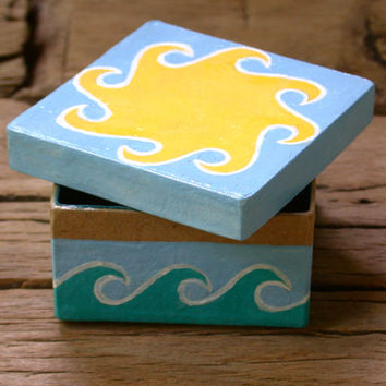 Box 3x3 Painted Sun and Waves