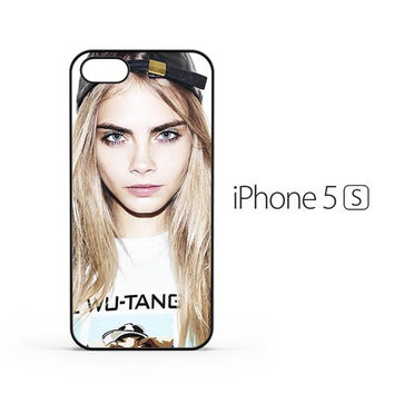 Cara Delevingne Close Up iPhone 5 / 5s Case