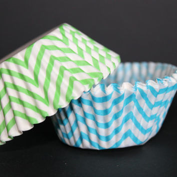 40 Aqua and Lime Chevron Cupcake Liners- Aqua and Lime,Chevron Liners, Baking Liners, Under the Sea, Baby Showers