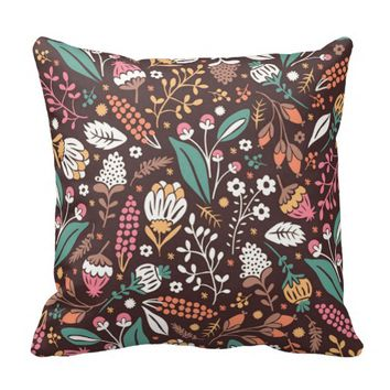 Pretty Vintage Floral Pattern Throw Pillow