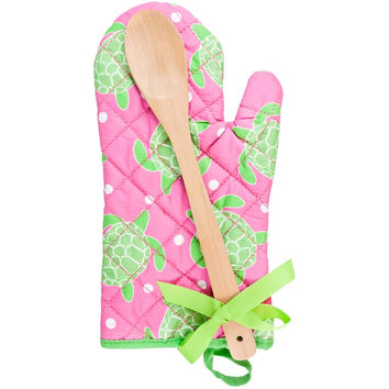 Turtles Swimming All-Over Oven Mitt With Wooden Spoon