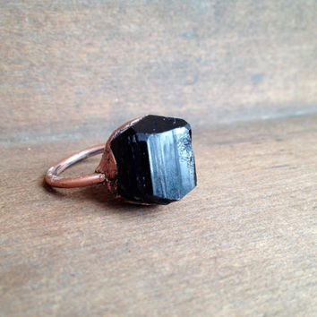Black Tourmaline Ring - Raw Stone Ring - Electroformed Ring - Unique Ring - Copper - Size 8.25