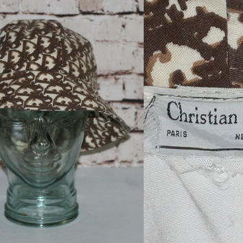 70s Christian Dior Hat Bucket Monogram Floppy Wide Brim Sun Cream Brown Print Boho Mod hipster Grunge Cyber Goth Club Kid 60s 80s 90s logo
