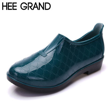 HEE GRAND 2016 Rain Boots Slip on Ankle Woman Rainning Shoes Fashion Solid Rubber Waterproof Low Heel Boots Plus Size 41 XWX4065