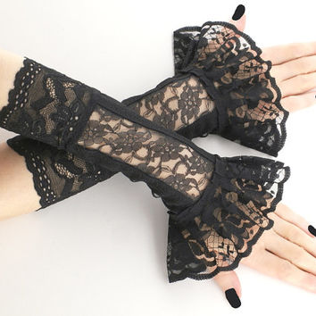 short fingerless gloves, wrist warmers gothic , burlesque ,black gloves , bohemian style, womens evening gloves,lace gloves,goth gloves 0960