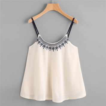 Embroidery Camis Crop Top