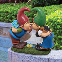 Park Avenue Collection Kiss And Tell Lover Gnomes Statue