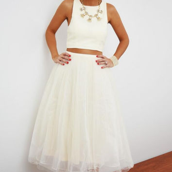 White Sleeveless Top with Chiffon Midi Skirt