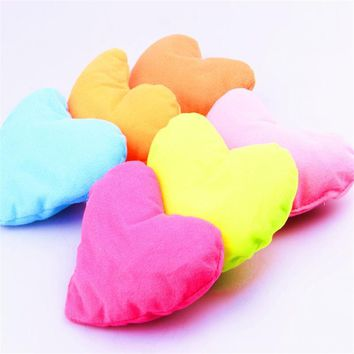 Dog Toys Large Plush Cute Cotton Heart Pillow Pet Toys For Large Dog Bite Resistant Soft Puppy Pet Toys For Dog