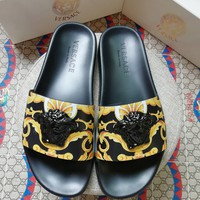 VERSACE Popular Summer Women Flats Men Slipper VERSACE Sandals Shoes