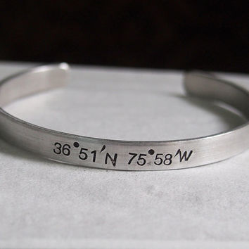 Customized bracelet, Customized Coordinates bracelet, Gps coordinates bracelet, Gift for Auntie, Gift for best friends, Latitude longitude