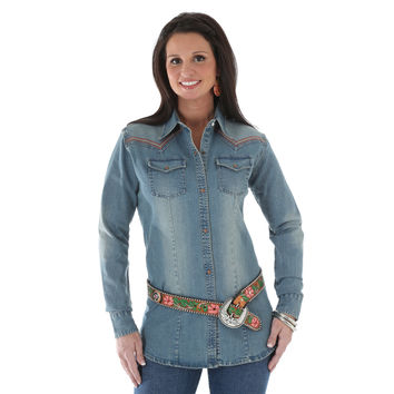 Wrangler Womens Preimum Patch Long Sleeve Western Denim Shirt
