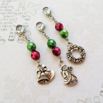 Holiday Charms Set of 3, Christmas Gift Wrapping Ideas, Christmas Bells, Christmas Wreath, Retro Santa, Green and Red Purse Zipper Charm