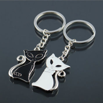 Cute Couple Cat Keychain for Lovers Sliver Color Alloy Fashion Enamel Jewelry Ring For Car Key Chain Valentine's Day gift K83
