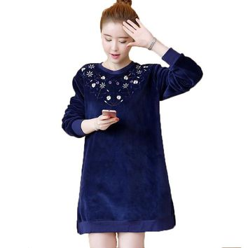 Velour Sweatshirts Women Elegant Floral Embroidery Loose Coat 2017 New Casual Autumn Winter Long Sleeve O-Neck Hoodies Pullover