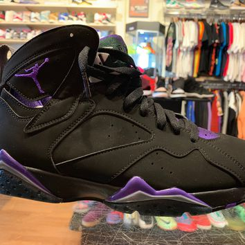 "Air Jordan 7 ""Ray Allen Bucks"""