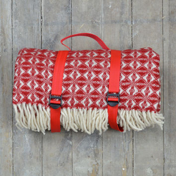 Lifestyle New Wool Picnic Blanket in Red Cobweave