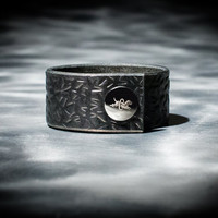 Leather Cuff  - Black Latigo - Embossed with Thorns - Nickel Fasteners - 1 Inch Wide