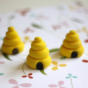 Our EXCLUSIVE Design 3D Beehive Fondant Toppers Perfect for that Special Occasion - Wedding, Birthday, Baptismal