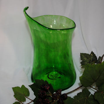 For Saint Patrick's Day ... Blown Glass Jack in the Pulpit Vase in Emerald Green