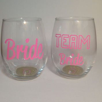 Team Bride, Team Bride Wine Glass, Team Groom mug, bridal party gifts,Team Bride Stemless Wine Glass, Glitter Wine glass