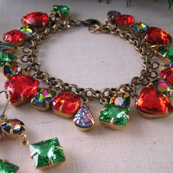 Holiday jewelry MERRY AND BRIGHT charm bracelet by shadowjewels