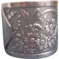 Aesthetic Napkin Ring Silverplate Fly Flowers Dragonfly Victorian Style