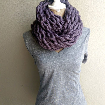 Super Chunky Arm Knit Scarf, Arm Knit Infinity Scarf, Soft Arm Knit Scarf, Arm Knit Chunky Scarf, Super Chunky Knit Scarf